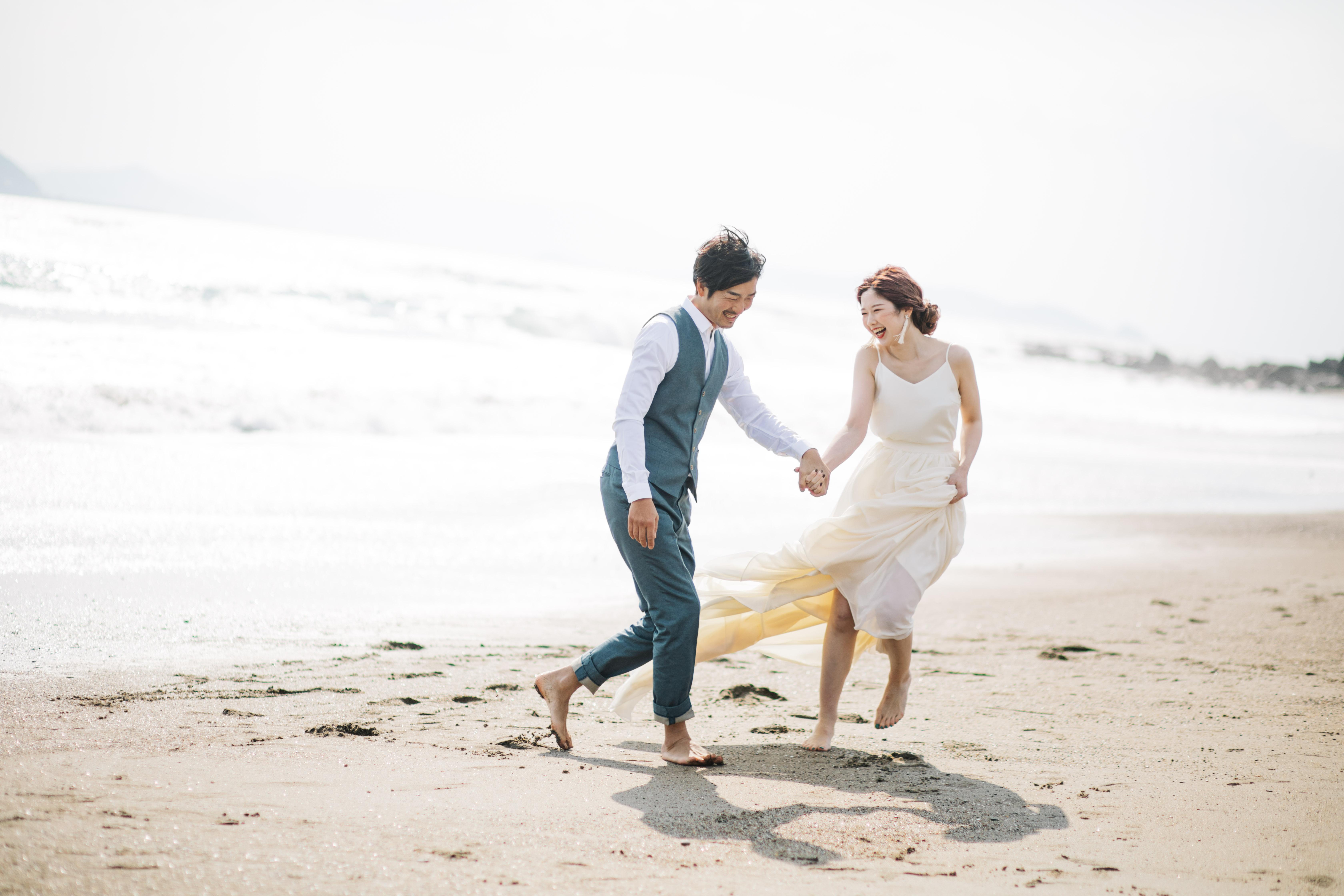 LAPPLE前撮りプラン!自然体な夫婦の姿を撮影してもらえる結婚写真